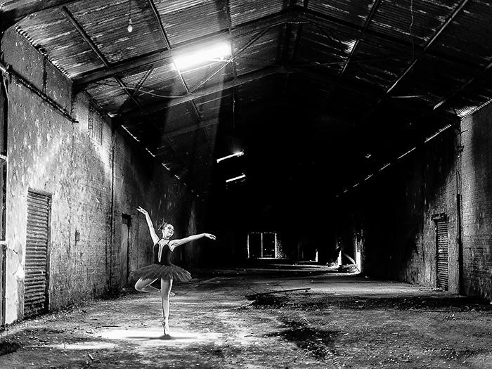 Luzes da Ribalta por Hélio Okuda