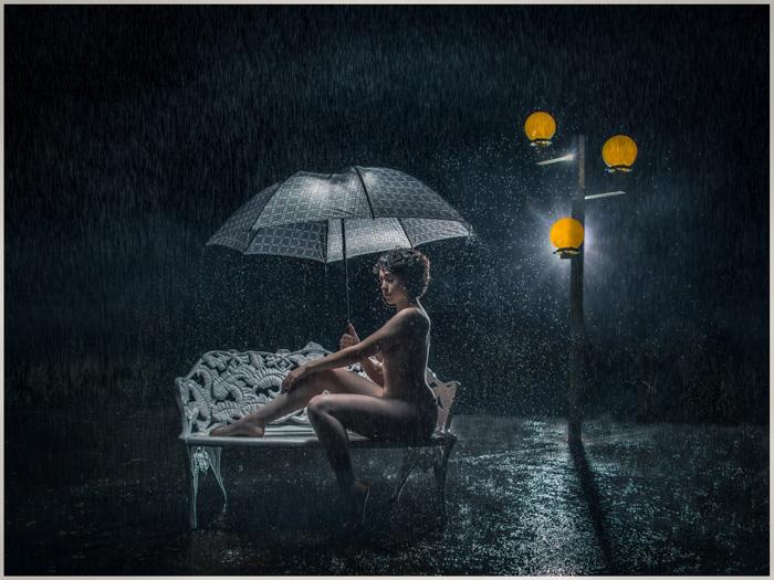 Nua na chuva por Elbio Gonçalves