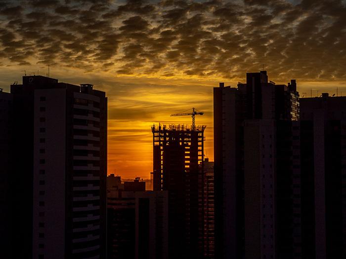 Nascer do Sol em Londrina por Carlos Prado Jr.